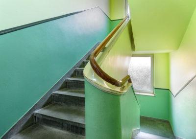 Treppenhaus mit Tageslicht